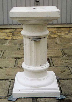 molds plaster column